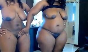 Two ebon bbw masturbates on cam www.hotcamgirls.com.nu