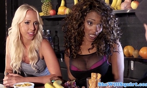 Squirting blondes threeway pleasure with ebon pal