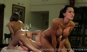 Wicked - hawt three-some with some massage school dropouts