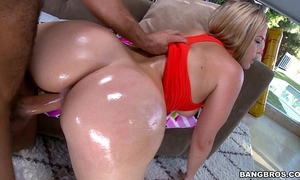 Alexis texas and her monster bubble booty
