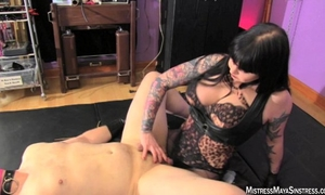Cheap wench acquires femdom pegging from miss maya