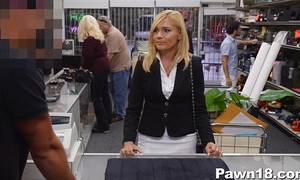 Mature housewife team-fucked at pawn shop