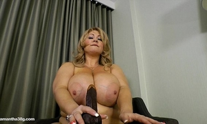Chubby milf wench copulates herself with dildo