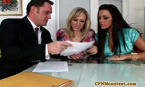 Cfnm honey alana evans receive little facial