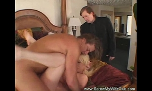 Hotwife swinger talks a worthy game