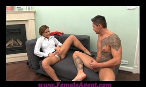Femaleagent milf cums all over fellows 10-Pounder