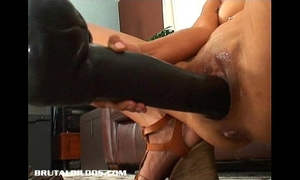Petite thai non-professional gaped from a brutal vibrator insertion