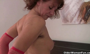 Grannies with full bushed and natural unshaved slits