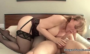 Sexy blond cougar acquires nailed hard