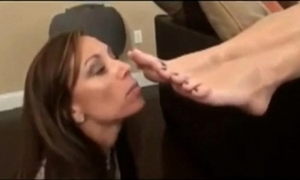 My mama has a foot fetish