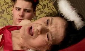 Amateur older granny fucked hard