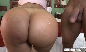 Sexy latin babe paola brings her large gazoo to our apartment for a closeup
