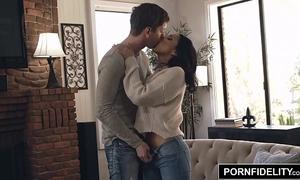 Pornfidelity vicki pursue takes an anal pounding
