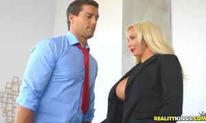 Realitykings - large bumpers boss - hyped and lewd