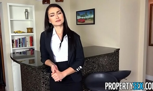 Propertysex - homebuyer informs agent that guy desires to put in large suggest