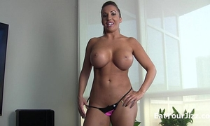 Cum for summer monroe and eat it!