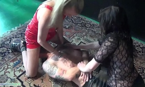 Slave suffocated by 2 mistresses with handsmother and facesitting act