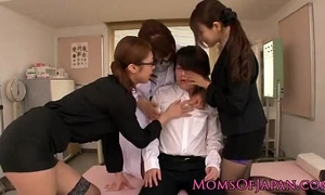 Japanese ligerie sharing a fellow - www.cam-hotgirls.blogspot.com
